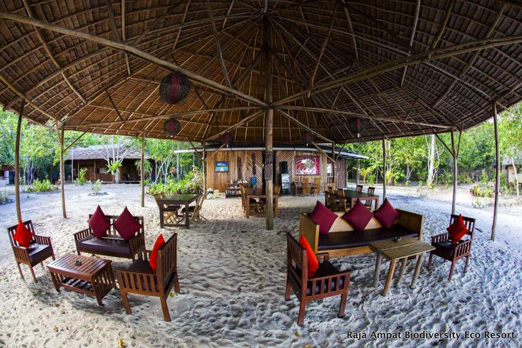 Raja Ampat Tauchresort - Restaurant Bild 2