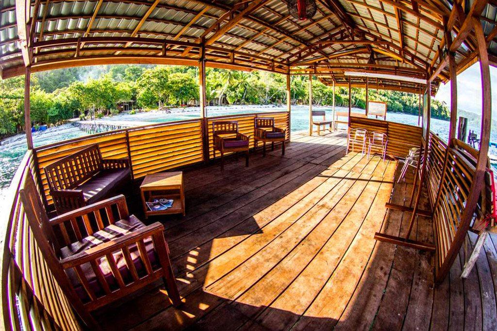 raja ampat resort jetty 6