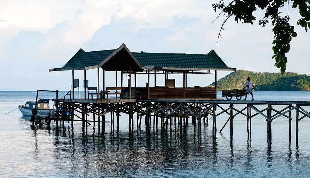 raja ampat resort jetty 6