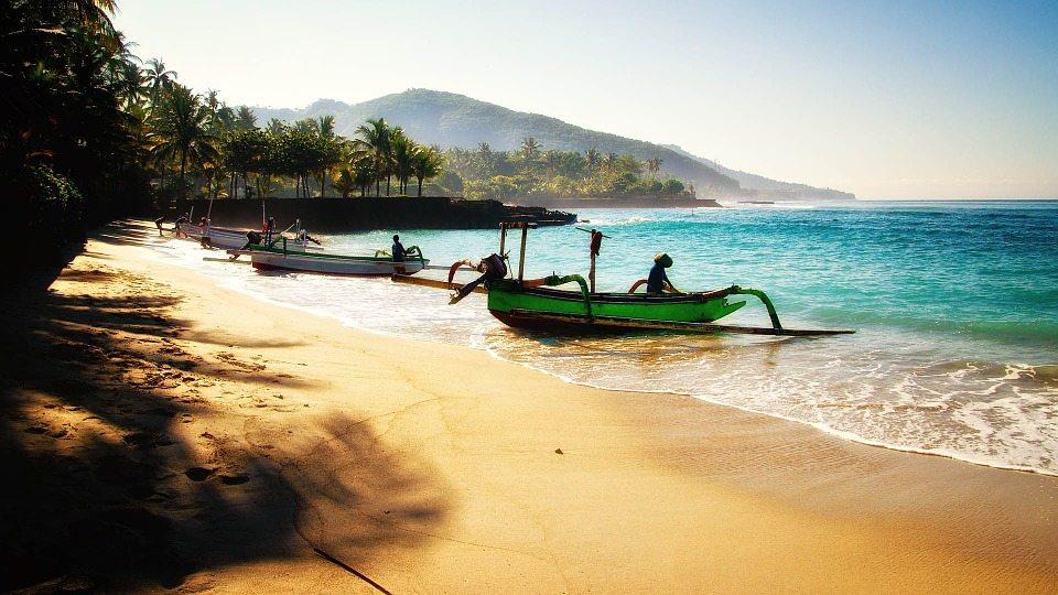 mejores islas de indonesia playa
