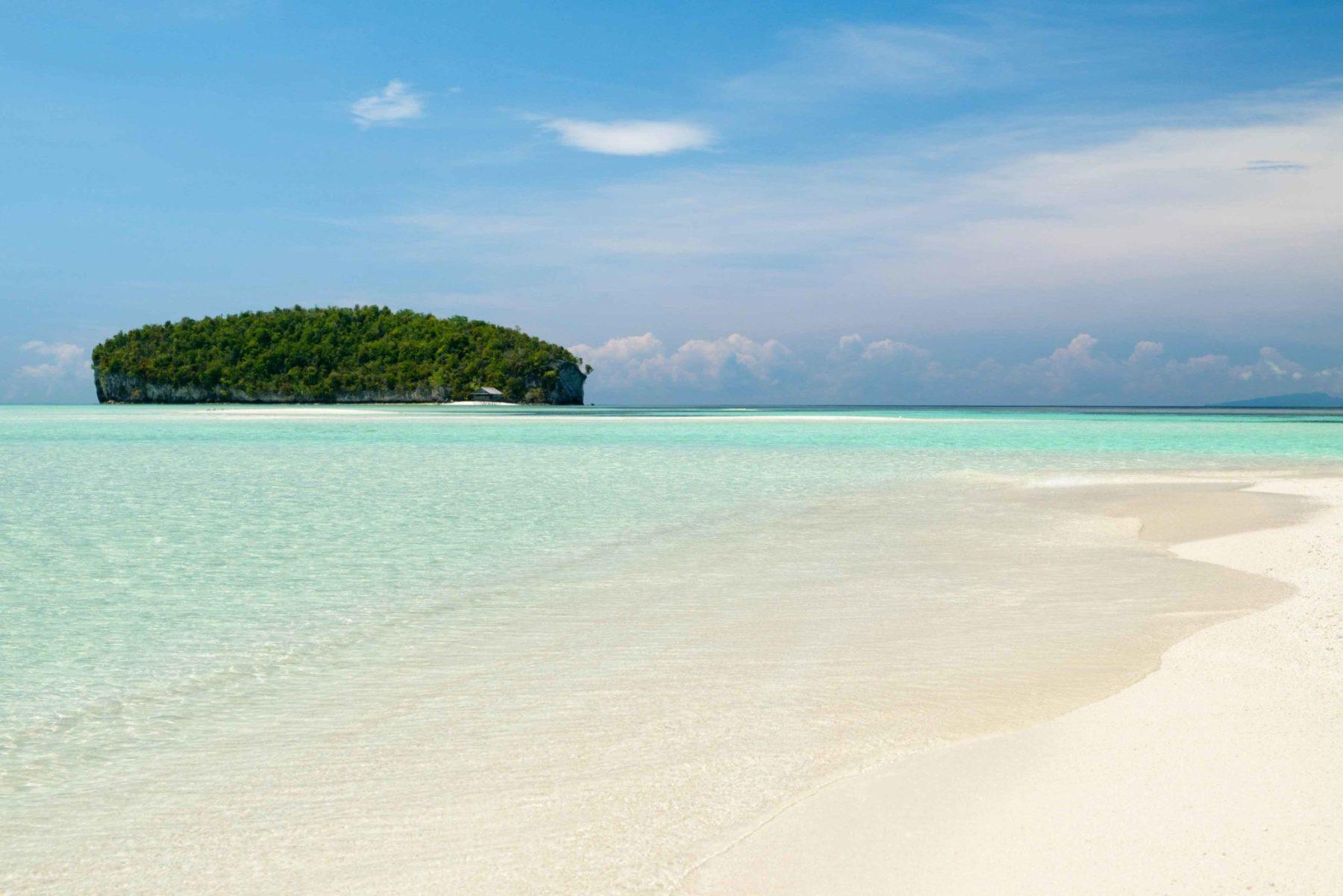 raja-ampat-beach