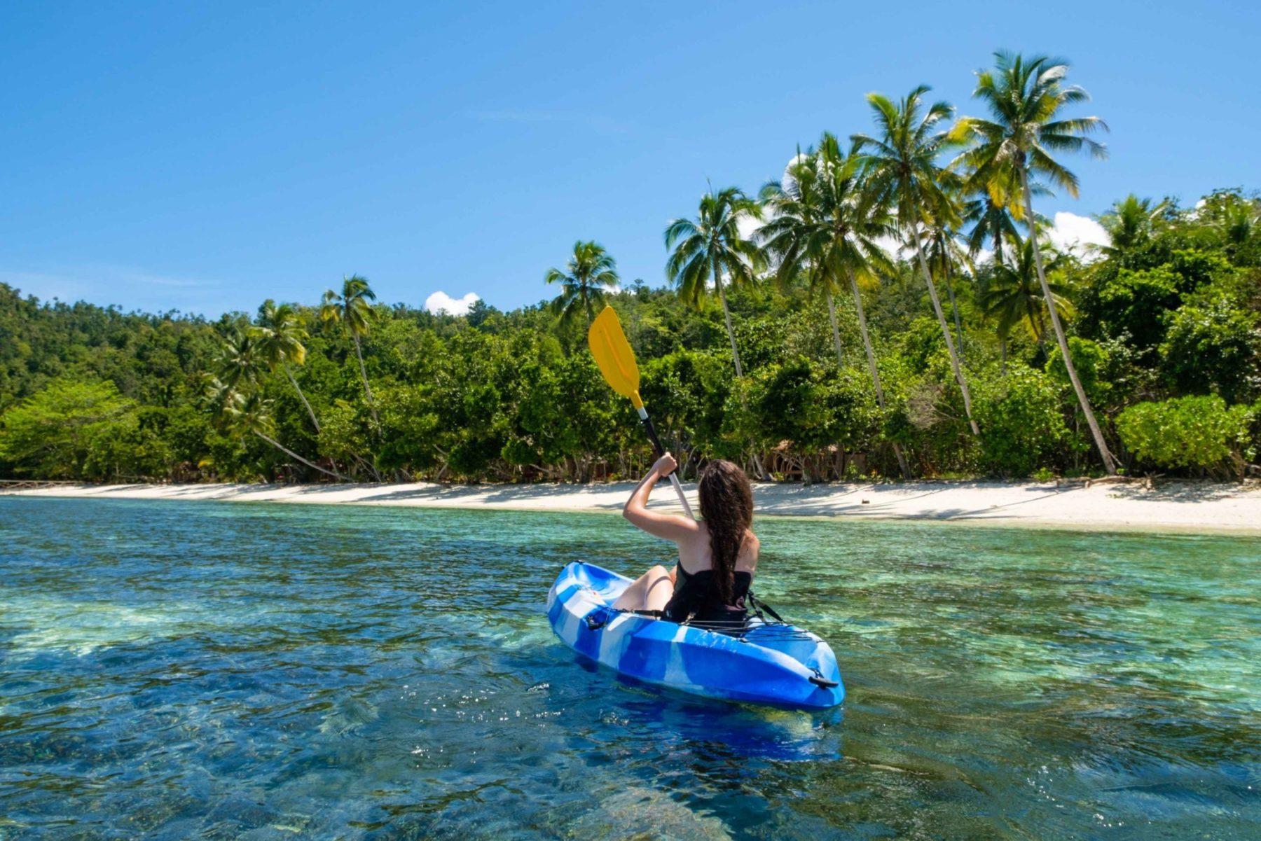 raja ampat activities - Kayaks