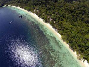 raja ampat resort jetty 9