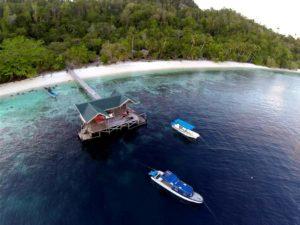 raja ampat resort jetty 7