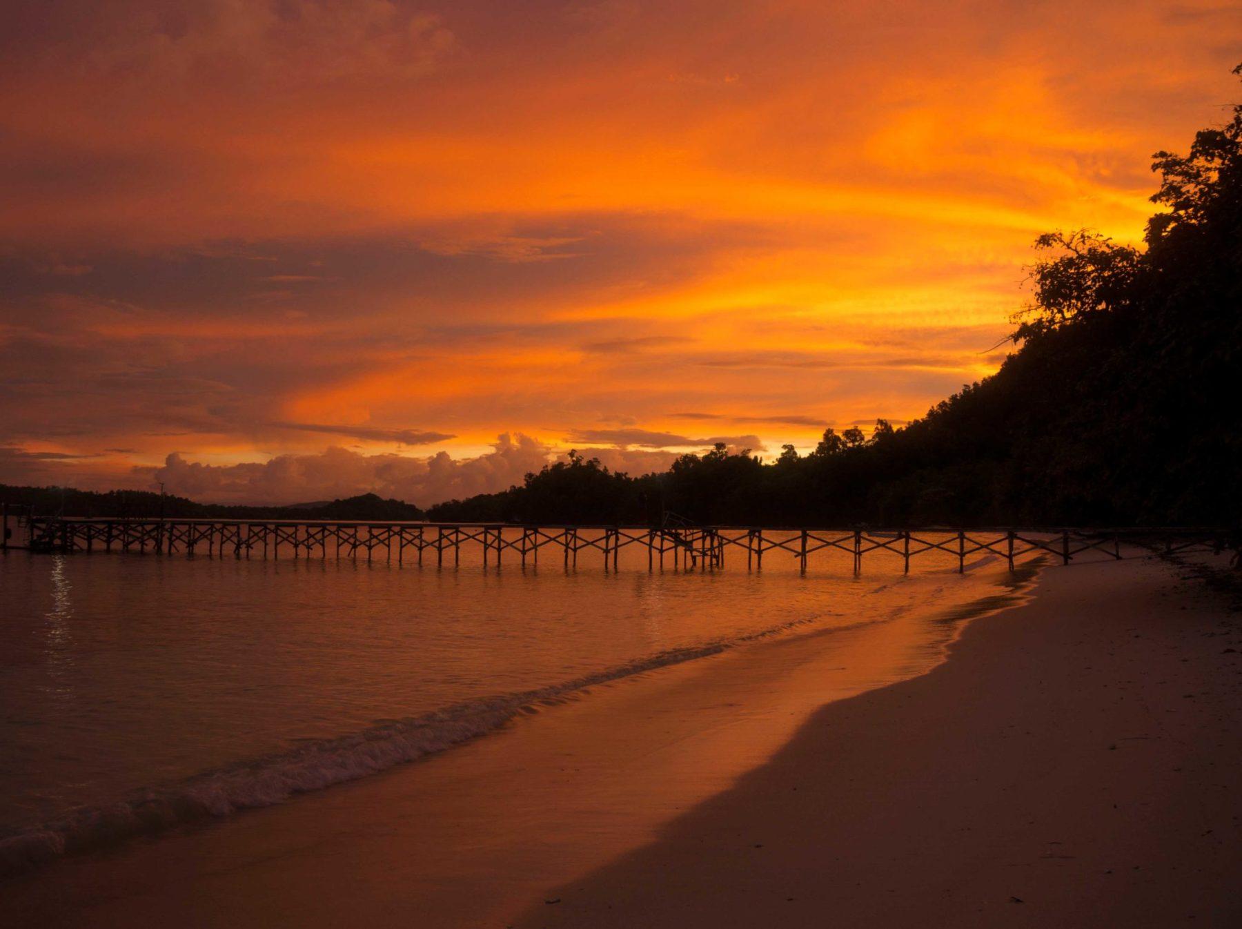 Los magníficos amaneceres en Indonesia de Raja Ampat
