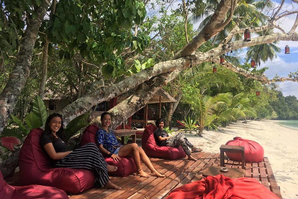 Eco Beach Resort in Indonesia - Restaurant Raja Ampat Eco Resort